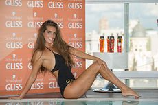 Ona Carbonell presenta Gliss Oil In Shampoo