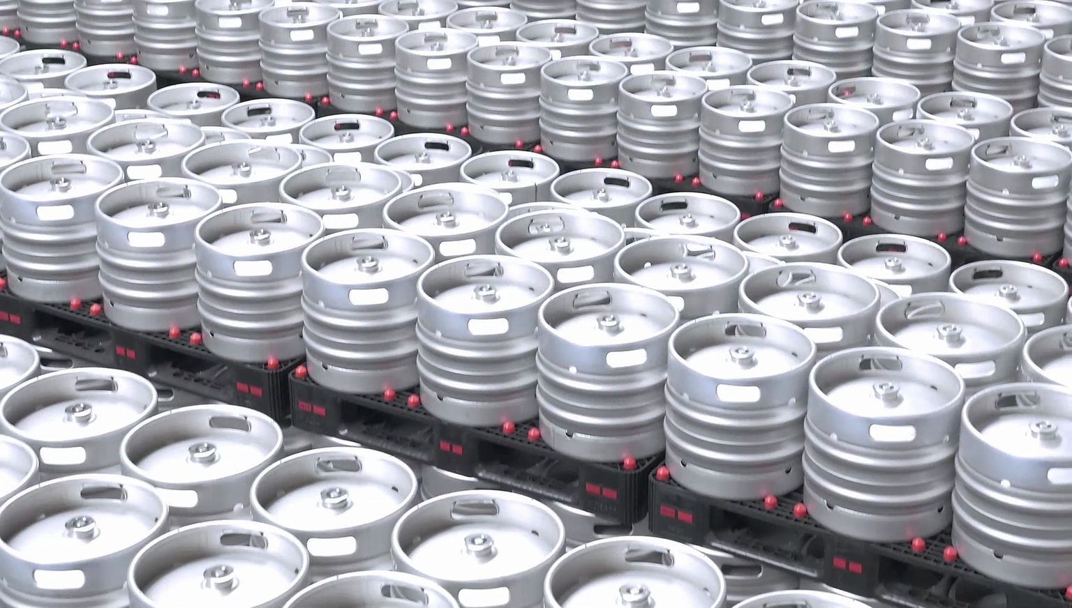 The new keg production plant of Entinox at Zaragoza, Spain, has a capacity for 450,000 barrels per year, made from austenite stainless steel with a surface of 2 square meters per barrel